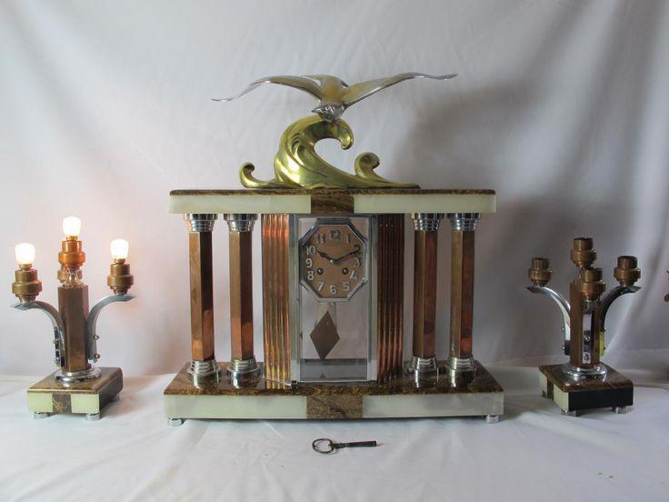 Pendule Art Deco Signé Decoux Bronze