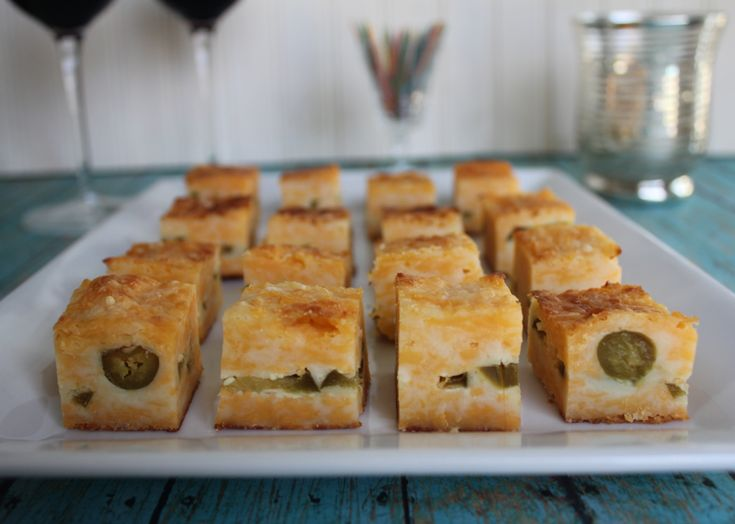 Appetizer cheese and jalapeno bites