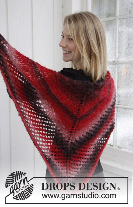 "Knitted DROPS shawl in ""Verdi"". ~ DROPS Design"