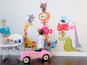 List of toxic free and eco friendly wall decor for kids!