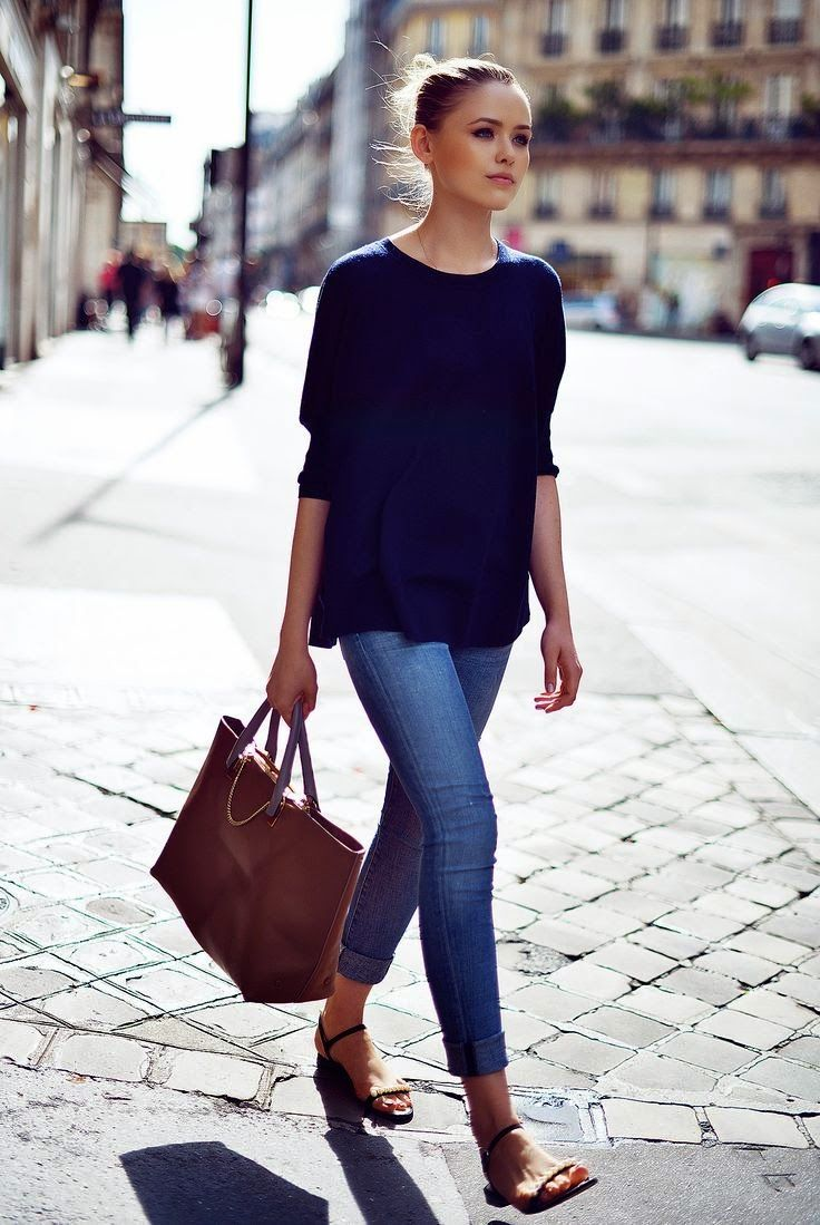 Street Style Navy Top With Skinny Jeans With Flat Sandals