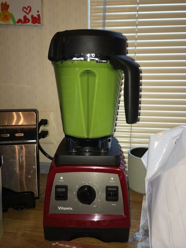 Hulk soup:  Kale Spinach 1 Green Onion 2 Celery Heart Stalks 1 Clove Garlic Ginger Miso Broth Nutritional Yeast Salt & Pepper Blend until creamy  Source: Carlene Hetland, Vitamix Enthusiasts-Blender Lady (Facebook)