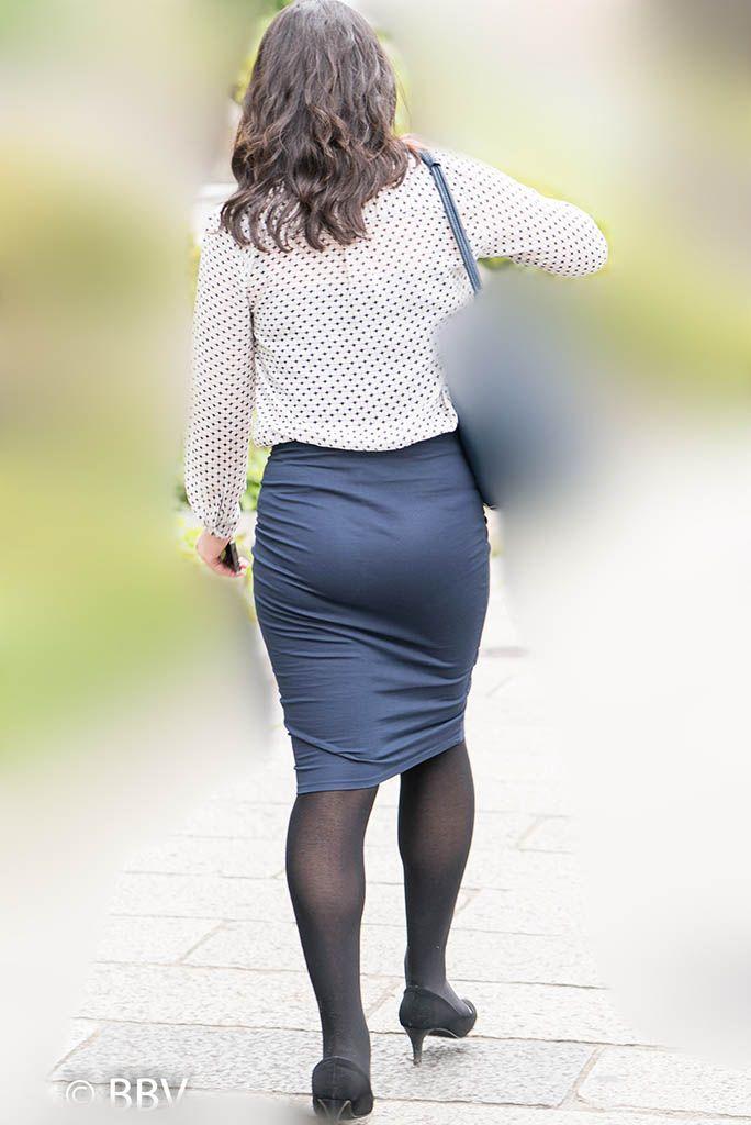 熟女 街撮り スカート 街撮り熟女タイトスカート画像街撮りママ顔出し投稿画像461枚