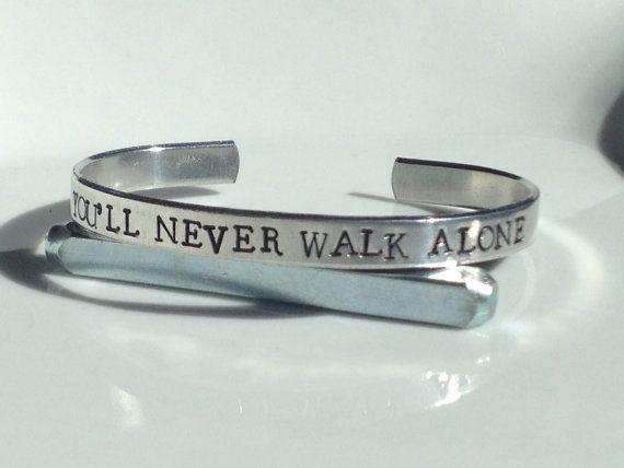 You'll Never Walk Alone   Aluminum Bracelet  par FamilyHouseStampin