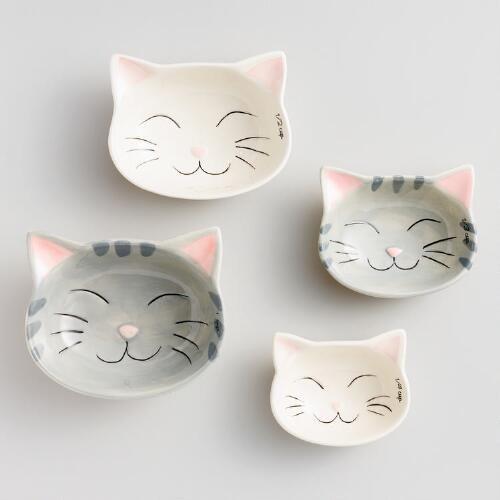Eine meiner Lieblingsentdeckungen bei WorldMarket.com: Cat Ceramic Measuring Cups
