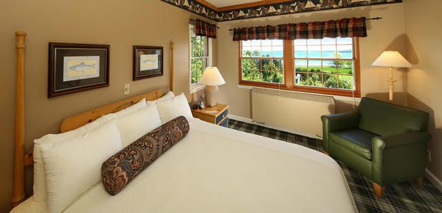 Mackinac Island Lodging pet friendly | Rooms, Suites at Mission Point