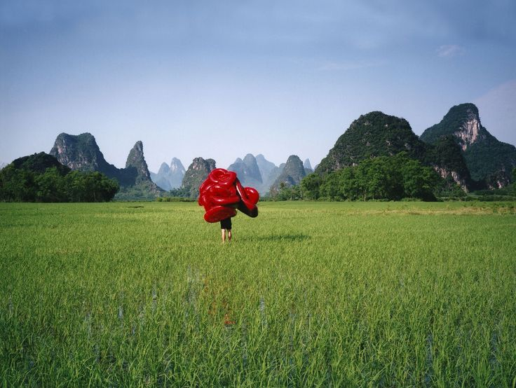 "<div class=""artist""><strong>Scarlett Hooft Graafland </strong></div><div class=""title_and_year""><em>Red Masmo, China, Guangxi Province</em>, 2006</div><div class=""medium"">C-type print</div><div class=""dimensions"">100 x 125 cm</div><div class=""edition_details"">Edition of 6</div>"