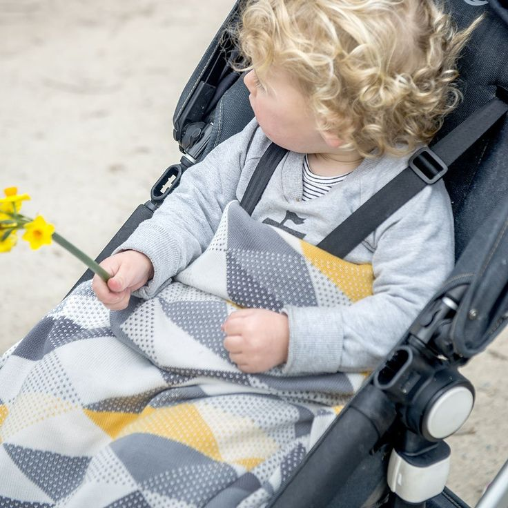 Weegoamigo Knitted Baby Blanket $79.95 - Geo Charcoal