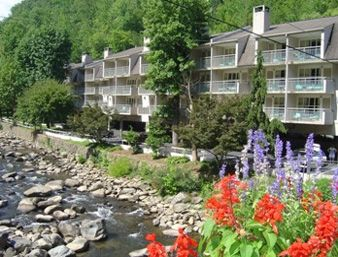 Days Inn Gatlinburg On The River In Gatlinburg Tennessee