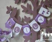 Bannière fanions prénom fille parme violet - tarif 4 lettres : Décoration pour enfants par la-fabrique-a-reves