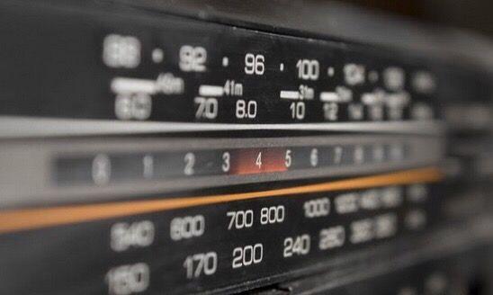 Le numbers station sono stazioni radio di origine sconosciuta che operano in…