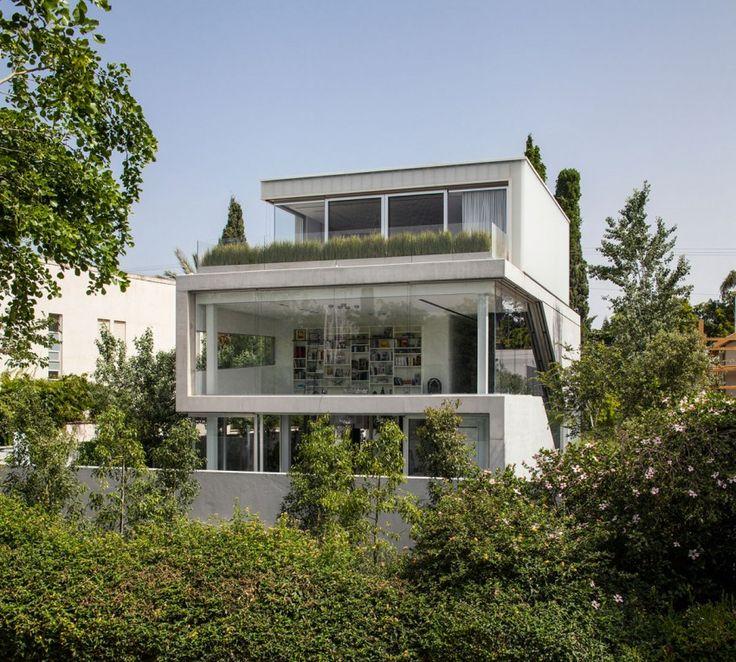 Stunning Contemporary Home in Ramat Gan (5)