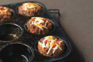 Marvelous Mini Meatloaves Recipe - Kraft Recipes - Making these right now with ground turkey. Fingers crossed