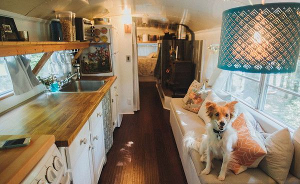 Couple Creatively Refurbishes Old School Bus Into Beautiful, Rustic Mobile Home - DesignTAXI.com