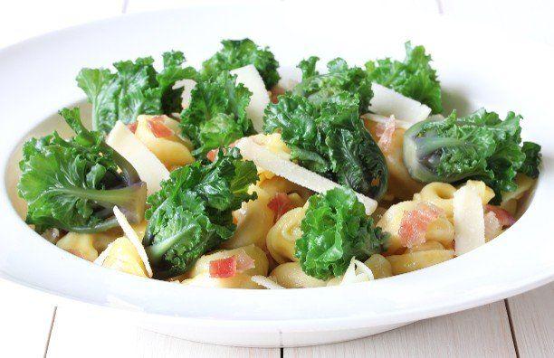 Kalettes® met spinazie-ricotta tortellini