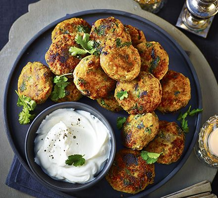 Add a bit of seasonal spirit to your chickpea bites with fruit and nuts. Serve with a creamy yogurt dip and fresh coriander