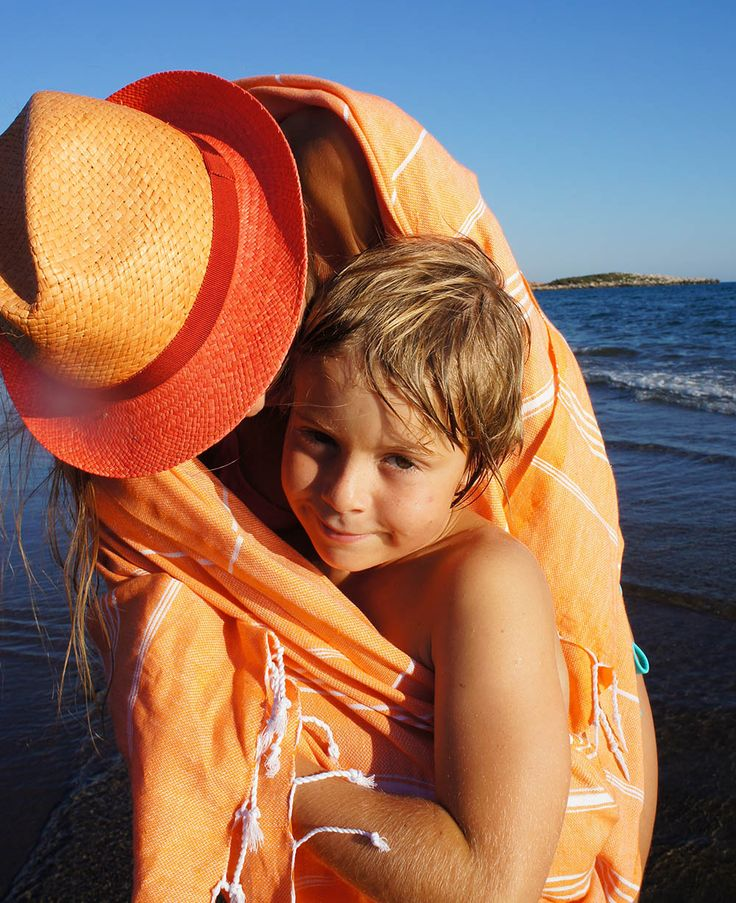 Kids and Hammamas - orange turkish towel, perfect for travel