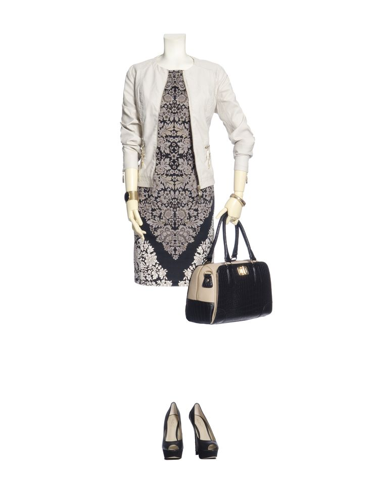 A hot trend for fall '13 are bold prints. Scale is the actual size of the print and must be in harmony with your size - A large pattern on a small frame will look as out of place as a small-scaled pattern on a large frame. Jewelry is rarely needed on a dynamic print – it will barely be noticed.