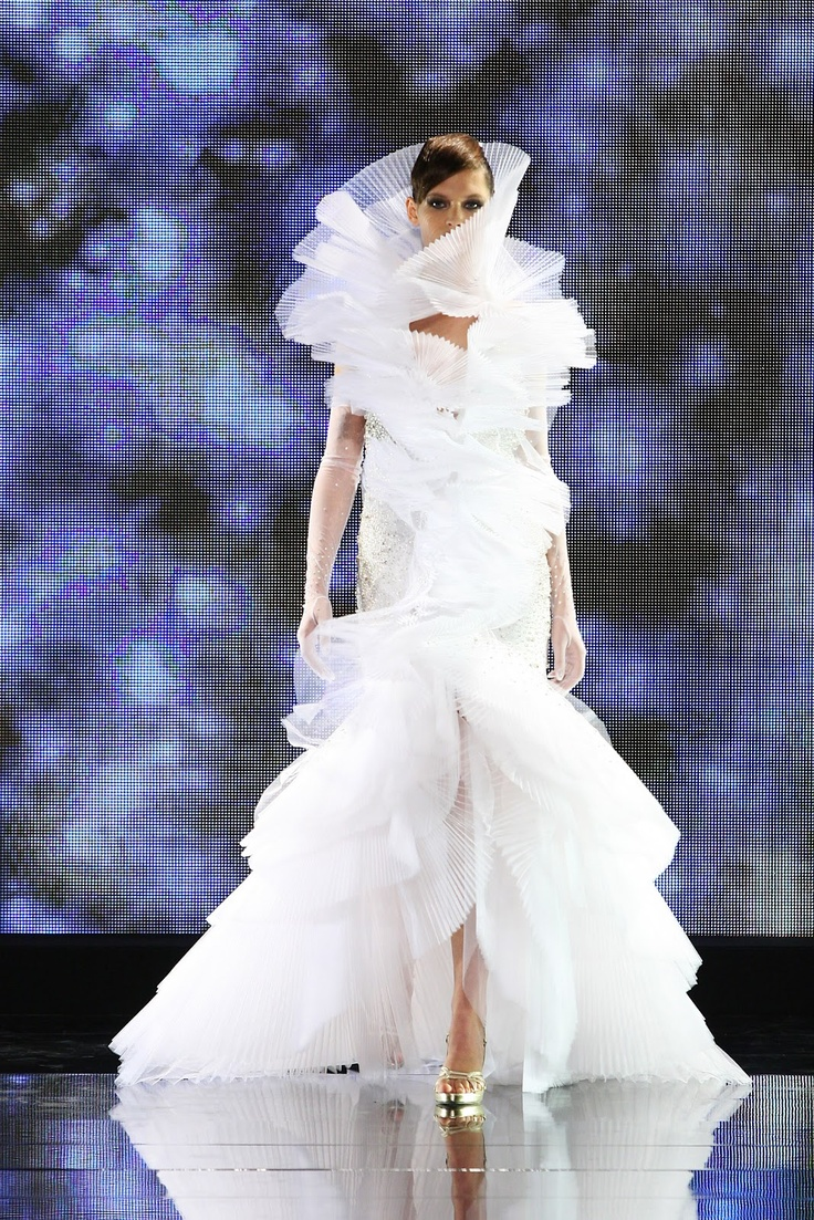 Fausto Sarli crazy wedding dress