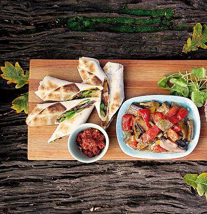 Vegetarian braai wraps... i like! :)