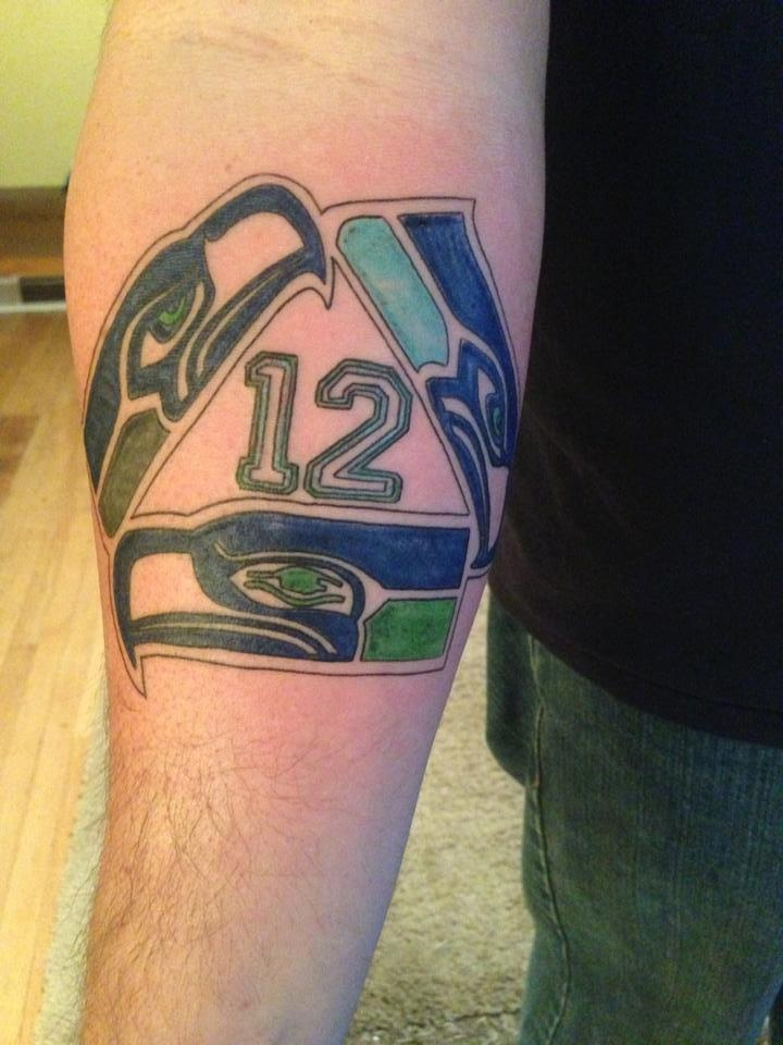 17 best seattle seahawks tattoo 39 s images on pinterest seattle seahawks tattoo ideas and 12th man. Black Bedroom Furniture Sets. Home Design Ideas