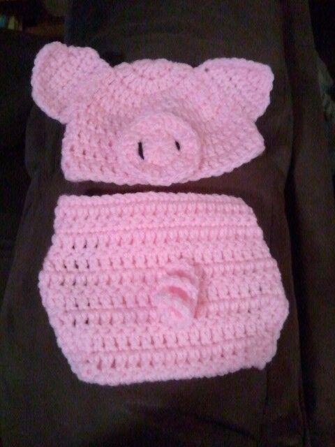Piggy diaper cover set I made