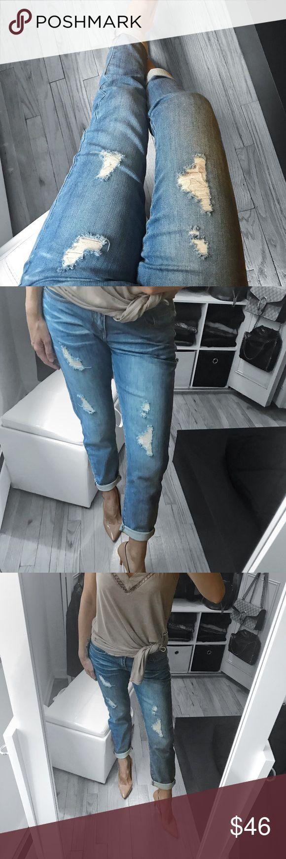 "🆕 Boyfriend Jeans Effortless chic dressing with a touch of boyish charm.   ▪️COLOR : Blue washed ▪️MATERIAL: 97/3 Cotton , Spandex ▪️MEASUREMENTS:   ▪️DETAILS: light denim, mid rise, cuffed boho, boyfriend jeans, distressed, soft  ▫️Cocoa tank top available in a separate listing  ▫️Modeling Size 1  : I'm 5' 5"" and 129 lbs  ( bust 34 