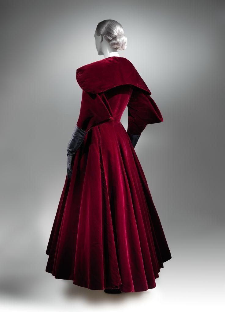 Charles James evening coat, 1949.   (American, born Great Britain, 1906-1978) ~ Evening Coat ~ 1949 ~ Brooklyn Museum Costume Collection at The Metropolitan Museum of Art