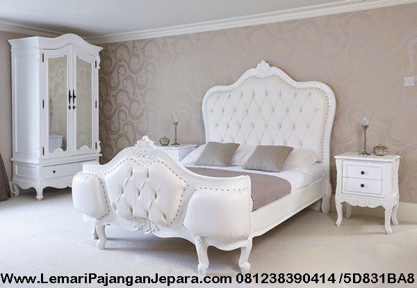 Set Tempat Tidur Model Klasik Duco