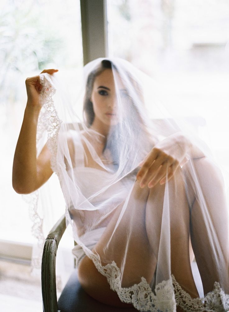 Dreamy boudoir session in Provence | Read More: http://www.stylemepretty.com/destination-weddings/2014/07/17/dreamy-provence-boudoir-session/ | Photography: Greg Finck  - www.gregfinck.com