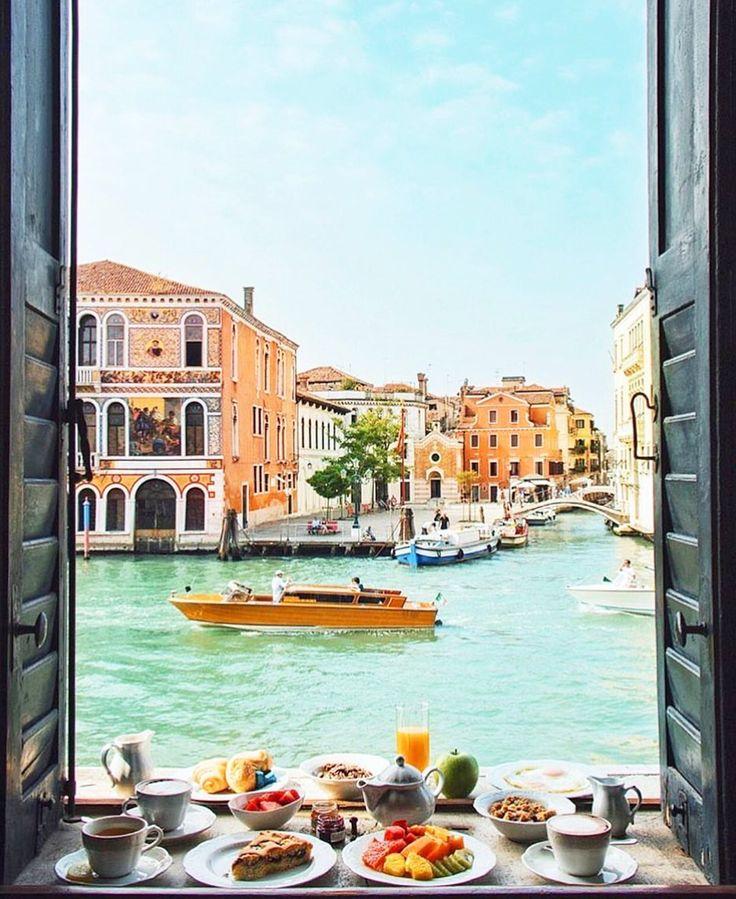 Venice, Italy ♡ Follow us @tigermistloves for more daily inspo ♡