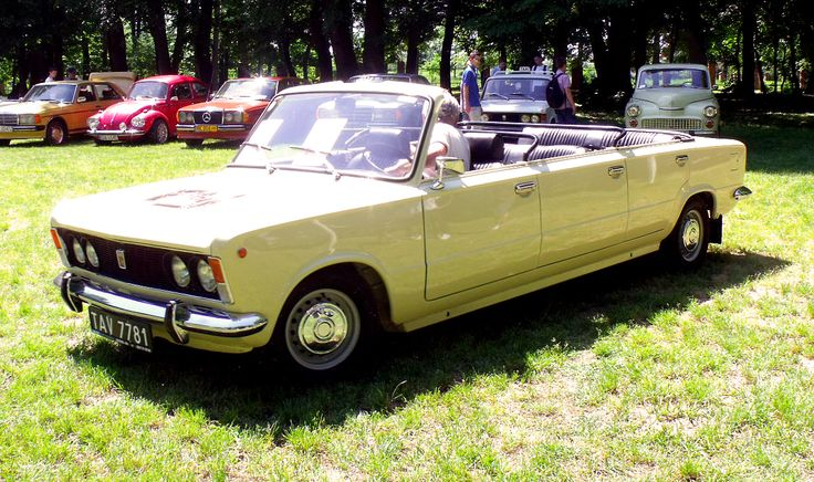 Polski Fiat 125P 6-door cabriolet. FSO made a small number of roofless stretched 125Ps for the Warsaw tourist bureau for sightseeing and the odd Papal visit