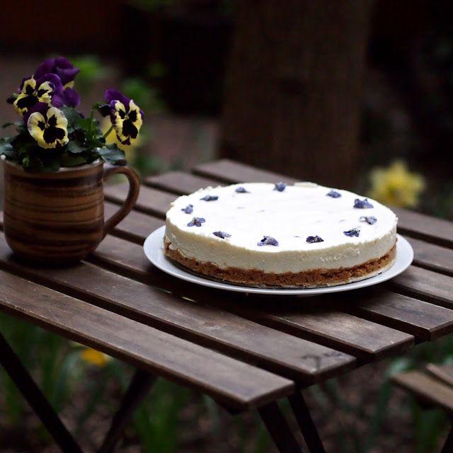 Laskominy od Maryny: Fialkový cheesecake