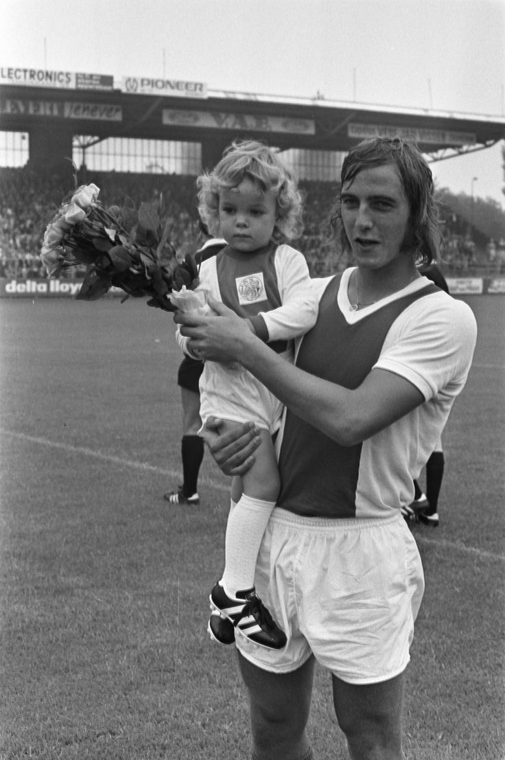 93 best ♥Old Dutch Football Heroes♥ images on Pinterest