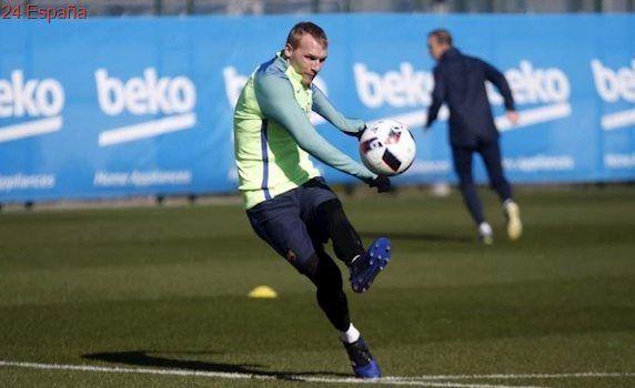Mathieu ficha por el Sporting de Portugal tras rescindir su contrato con el FC Barcelona