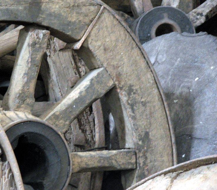 Ruedas de Carretas, Antigüedades Carroza
