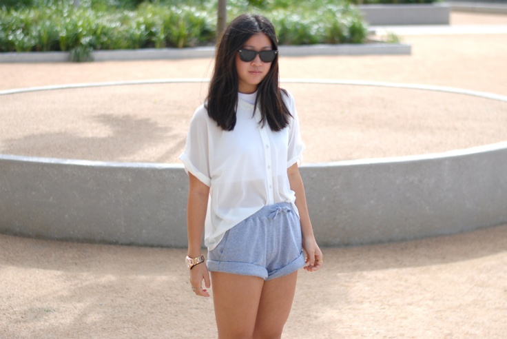 Nora from NRAH Blog wears the ATMOS 'Run With Me' Shorts, available now at THE ICONIC.