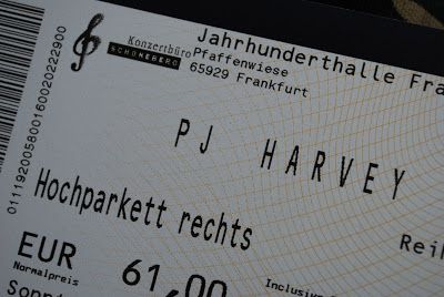 PJ Harvey in der Jahrhunderthalle Frankfurt, 10.07.2011