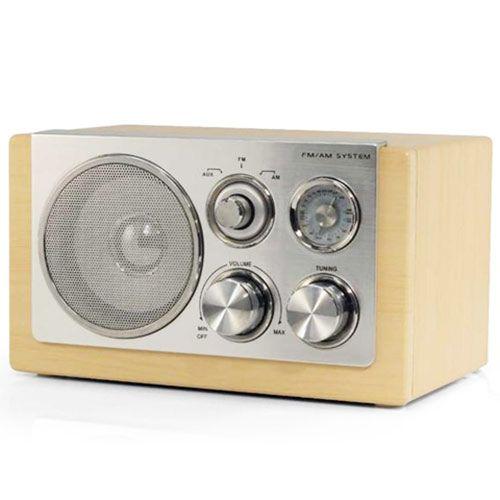 Comprar Radio Retro Audiosonic RD1540 al mejor precio. Radio retro Audiosonic con calidad de sonido sensacional. Madera de haya. La radio retro Audiosonic RD1540 tiene un conector auxiliar para reproductores de MP3.