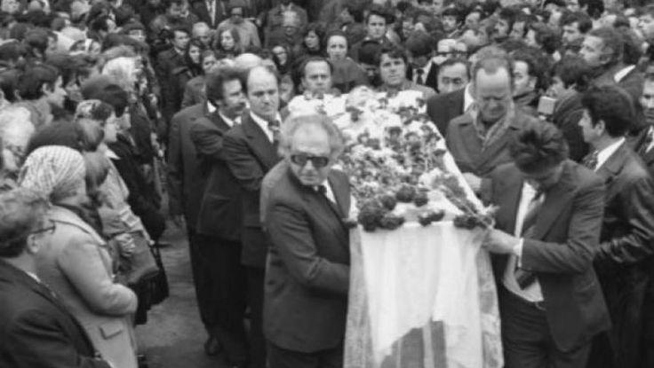 """Sfârşitul celor mai importanţi scriitori români a dat naştere la multe speculaţii, la fel ca şi comentariile făcute în jurul operelor lăsate de aceştia. Mihai Eminescu, poetul """"nepereche"""", a avut parte de un sfârşit controversat, care şi astăzi incită controverse."""