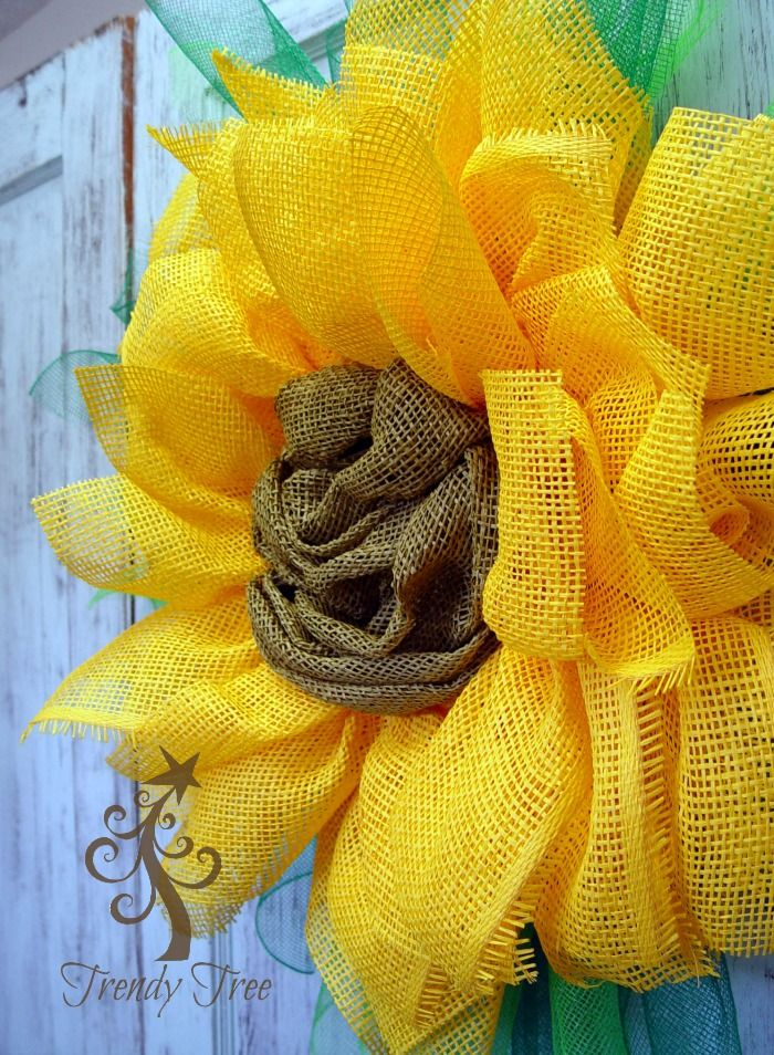 Tutorial for Yellow Sunflower made with paper mesh by Trendy Tree