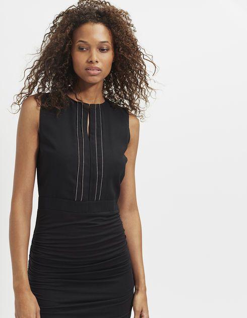 Zwarte gedrapeerde jurk