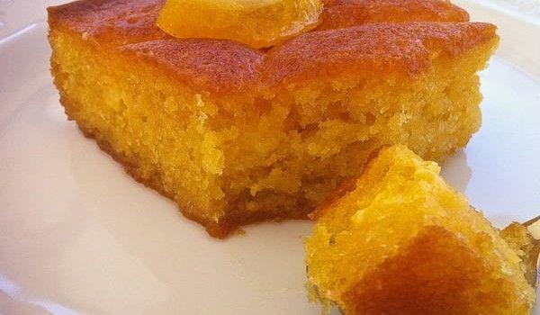 Πορτοκαλόπιτα θαύμα  με γιαούρτι και σιρόπι πορτοκαλιού χωρίς αλεύρι!