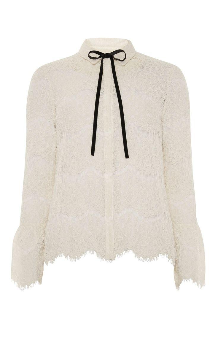 Primark - Crèmekleurige blouse met kant en strik