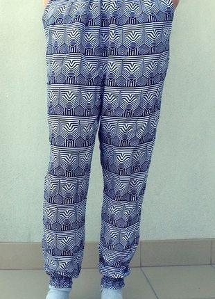 Kup mój przedmiot na #vintedpl http://www.vinted.pl/damska-odziez/alladynki/10548366-haremki-pumpy-aztec-czarno-biale
