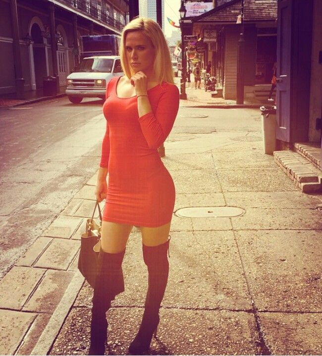 17 best images about wwe lana catherine perry on pinterest - Diva escort london ...