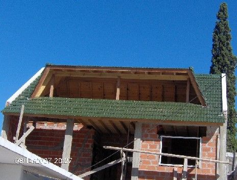 Lucarnas para techos de tejas asfalticas buscar con for Imagenes de casas con techos de tejas