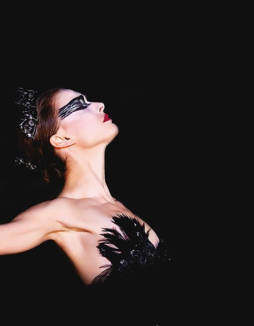 face paint idea....Natalie Portman - Black Swan. She took acting to another level w/this movie. I admire her passion for the craft that is acting.
