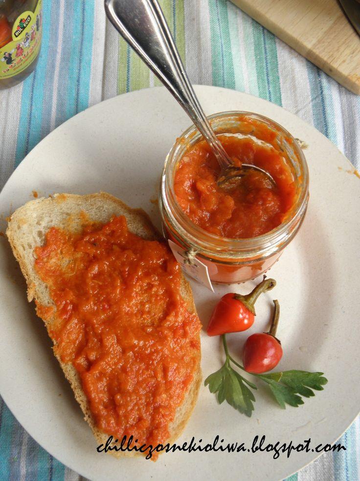 Ajwar - rewelacyjny sos do dań z grilla   Chilli, Czosnek i Oliwa   blog kulinarny