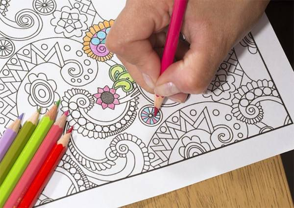 #2 Coloring stimulates your right brain.  As adults, we don't use our imagination quite as often as we used to. Coloring has the ability to help you express your creativity in a fun and constructive way. Research shows you have your best ideas when your right brain is stimulated.